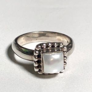 Retired Silpada Square Mabe' Pearl Ring Size 5.75